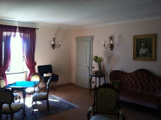 Le Torri Di Bagnara : Upstair sitting area