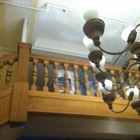 Aida Hotel : lobby, balcony now a gross storage