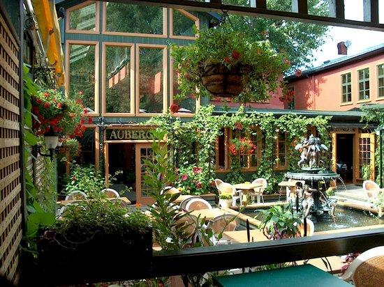 L'Auberge Les Menus Plaisirs: Auberge et Restaurant