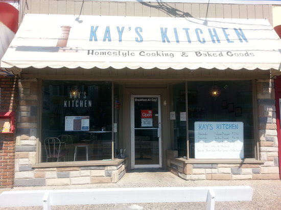 Kay's Kitchen: Great location - on 1st Street, 2 doors North of Rehoboth Ave