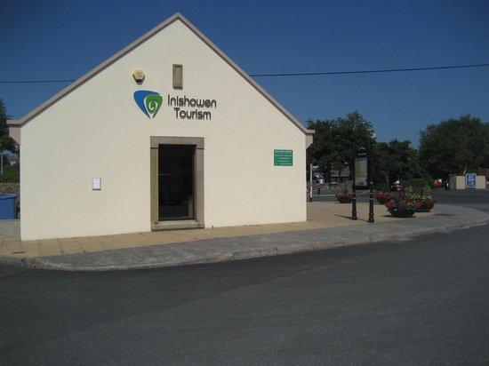 Buncrana Tourist Office : Side view