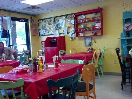 Mama's Style Kitchen: Mama's Cafe