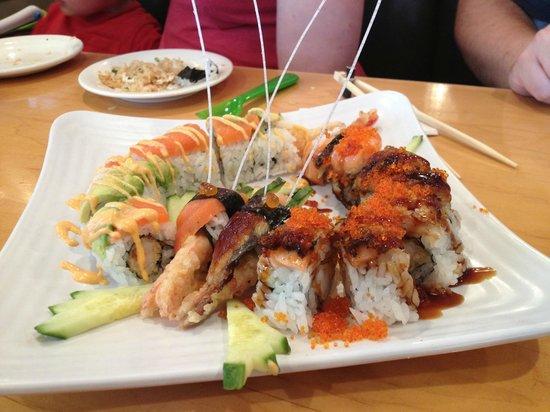 Kinjo Sushi & Grill - Macleod: Kissing Dragons