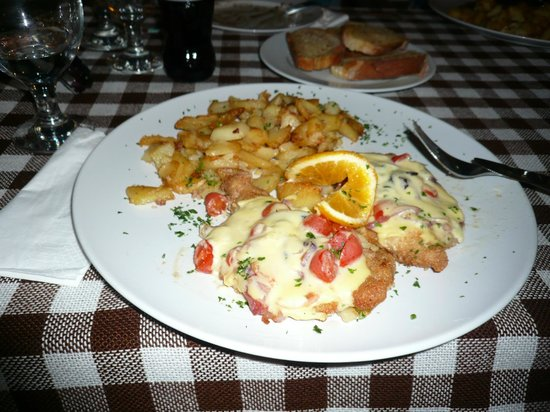 The Old Inn: Mouthwatering schnitzel