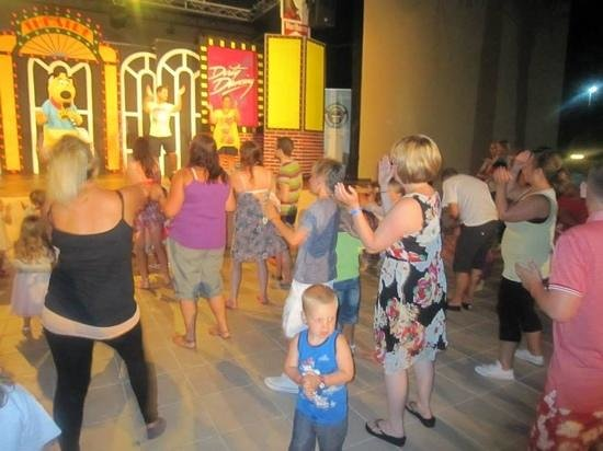 Skanes Family Resort: t time live outdoors opening night of the amphitheatre