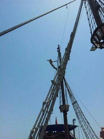 Skanes Family Resort: pirates aboard