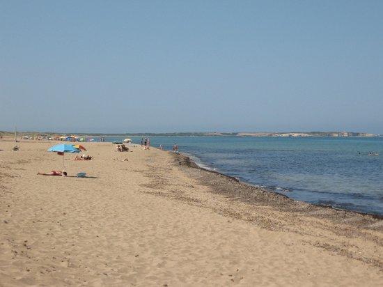 Is Arenas Camping Village : Spiaggia, lato sud