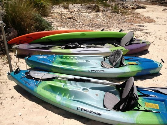 Grotto Bay Bahamas: Complimentary kayaks & paddle boards