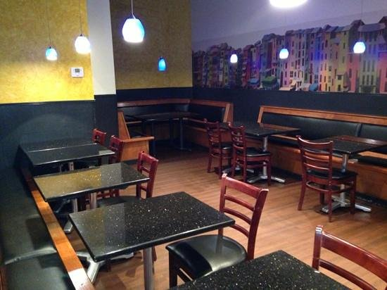 Via Lago: dining Area