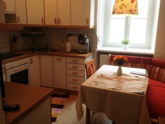Stadtnest Bed & Breakfast and Apartment: Stadnest apt #1, Garbergasse