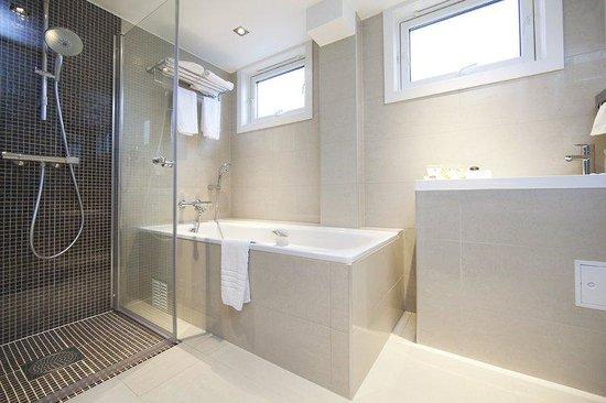 Scandic Ringsaker : Bathroom