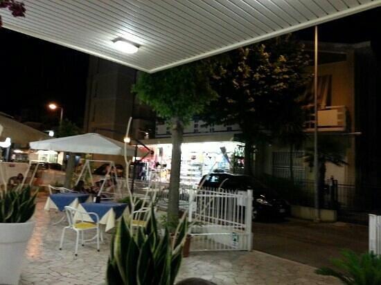 Hotel Tosi: Una serata sulla terrazza. ..