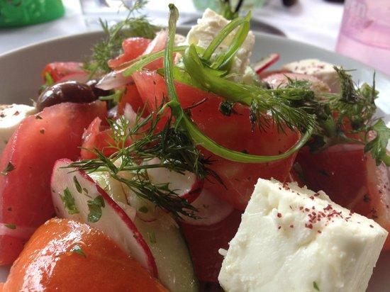 8 North Broadway : Summer North Fork Tomato Salad