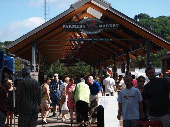 Findlay Market : Summer outdoor market