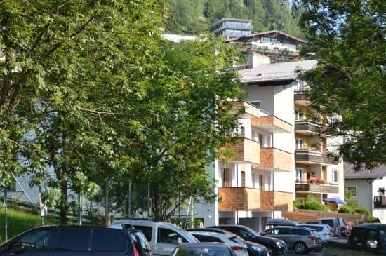 Appartement Living Schonwies: Fasade
