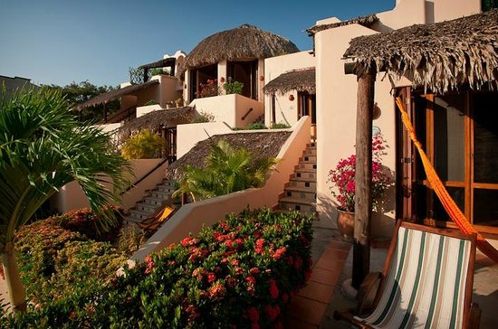 all roms ahave palapa covered terrazas - Picture of Agua