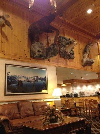 Olympic Inn: lobby