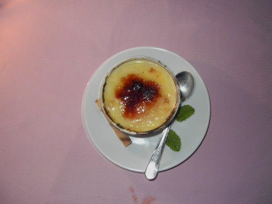 Fez Restaurant: Orange Creme Brulee
