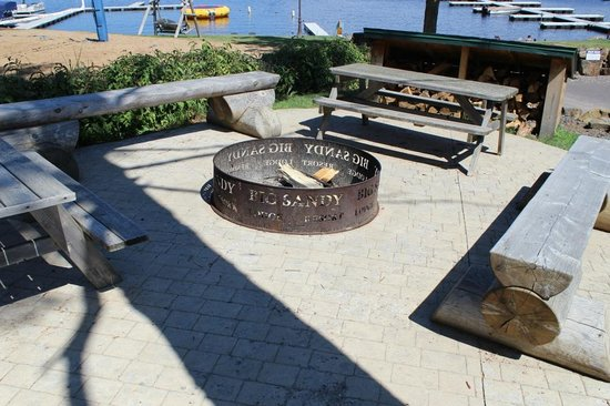 Big Sandy Lodge & Resort: Fire Pit