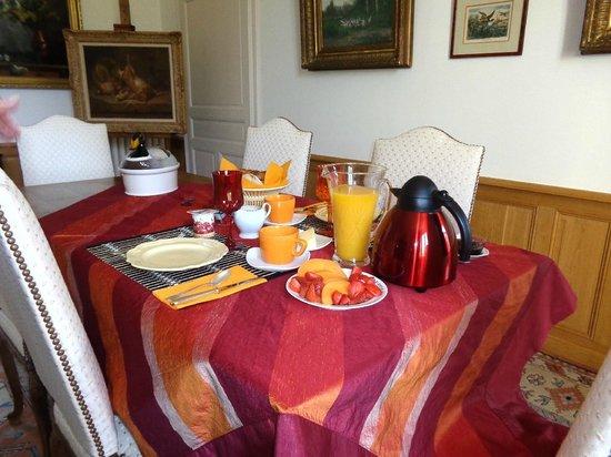Petit déjeuner (demeure de Beaulieu)