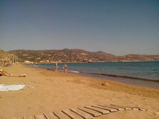 MariRena Hotel: пляж