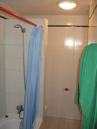 Broken Bathroom That S 19