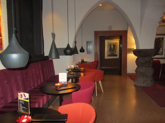 GLO Hotel Art: Reception