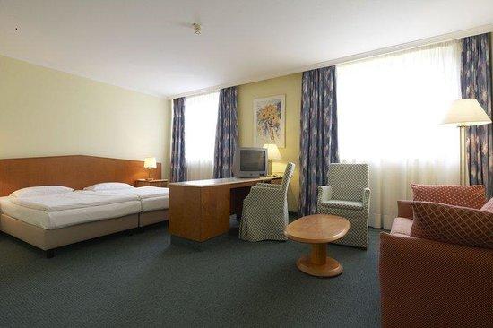 IntercityHotel Wuppertal ab 83€ 1̶0̶7̶€Ì¶ Bewertungen Fotos