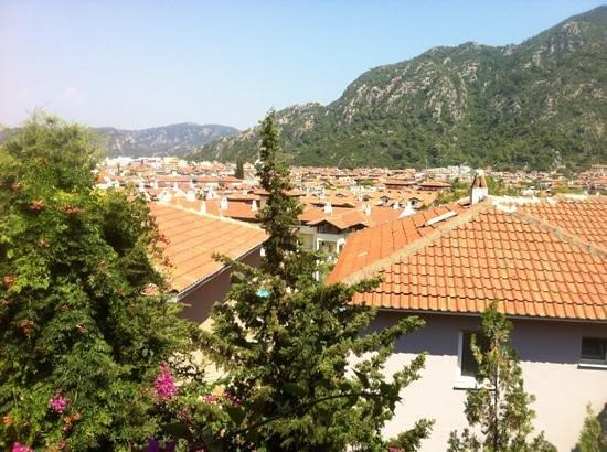 Celik Apart Hotel: View of Icmeler from Celik apartments
