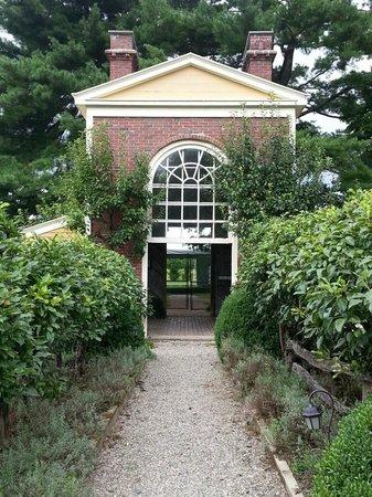 Boscobel House & Gardens: entrance to garden