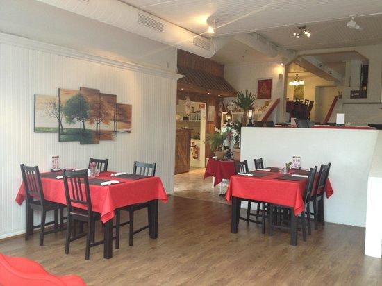 Royal Thai Restaurant: 1. Level