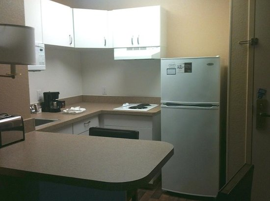 Extended Stay America - Shelton - Fairfield County: The mini kitchen was equipped with kitchenwares, toaster, coffeemaker and this huge fridge!