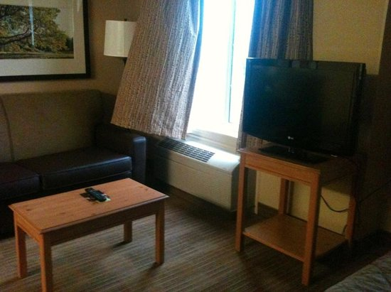 Extended Stay America - Shelton - Fairfield County: Room/suite area (taken using phone cam)