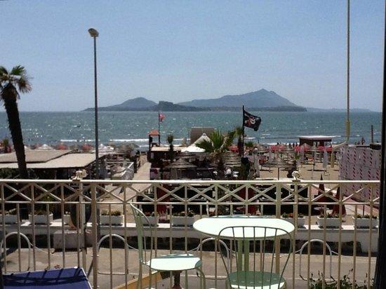 Procida ed Ischia dalla terrazza - Foto di Venustas Park Hotel ...