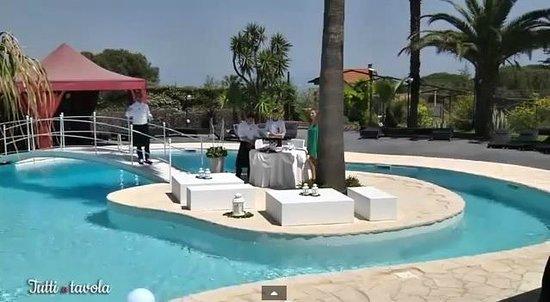 Villa Michelangelo: La piscina è veramente una favola!