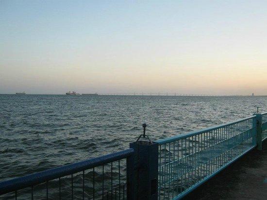 Lake Maracaibo: desde vereda del lago