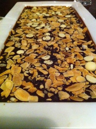 Segev Express : triple choclate dessert