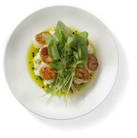 Houlihan's: Seared Georges Bank Scallops