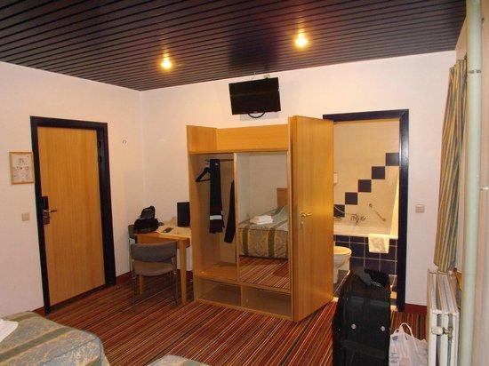 Royal Astor Hotel: My room