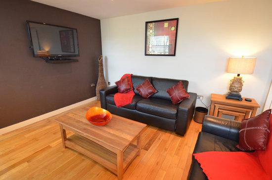 93a Grey Street Apartments Living Room
