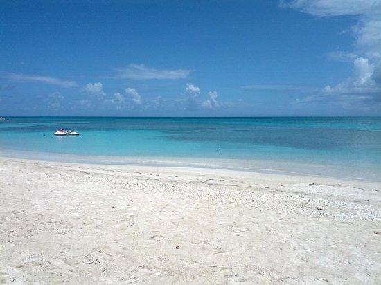 Cocobay Resort: La spiaggia