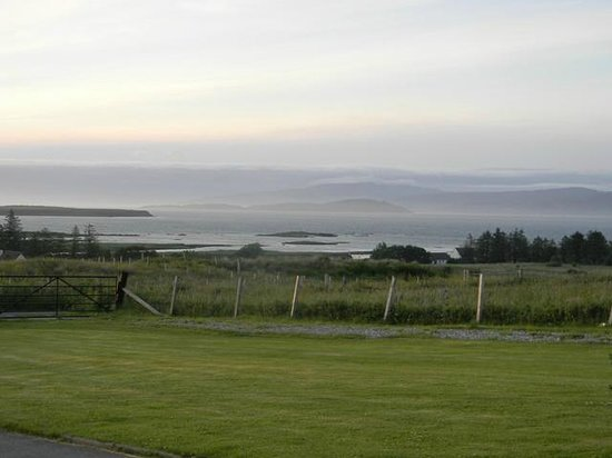 Ruisgarry Bed and Breakfast: Great view, great sunsets, very restful