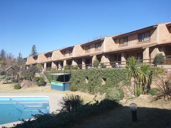 Tilcara Sierras: Vista desde la zona pileta/parque