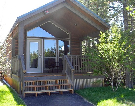 Explorer cabins at yellowstone updated 2017 prices for Cabina explorer west yellowstone