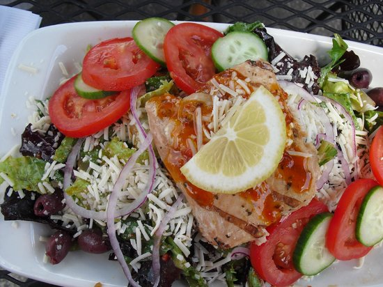 Vintage Cafe and City Deli: A salad with salmon, beautifully presented