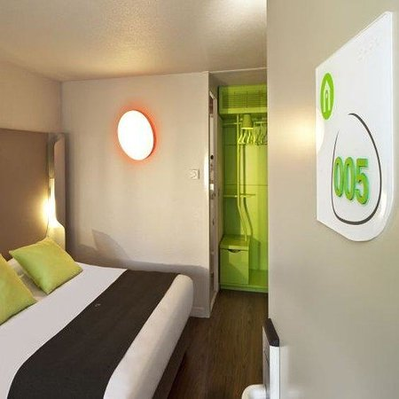 Campanile Arles : Double Room