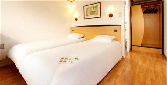 Campanile Livry Gargan: Twin Room