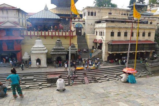 Pashupatinath Temple: River Cremations
