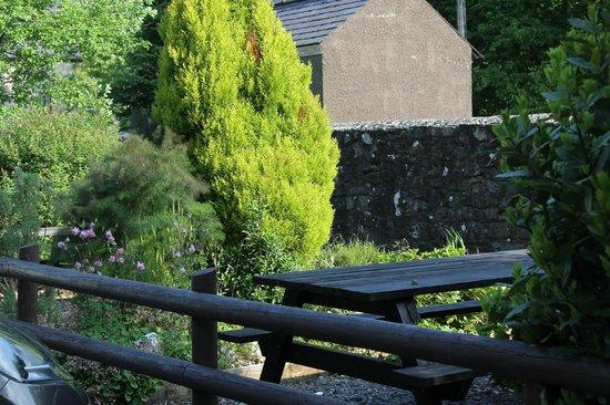 Vaynol Arms: Beer Garden