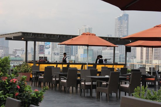 The Bayleaf Intramuros: Rooftop bar, dining, and lounge (2)